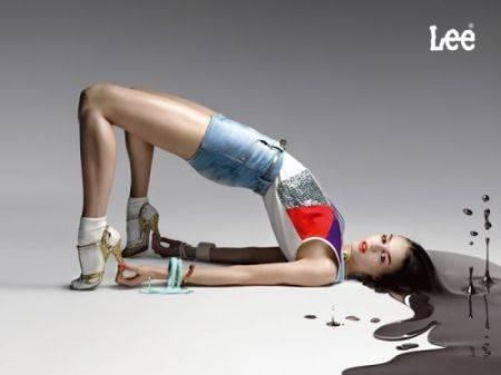 креативная реклама джинсов lee