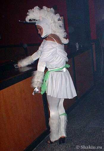 Необычный костюм на Хэллоуин - лошадка