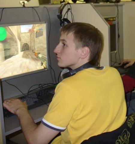 Александр Овсянников и Counter-Strike