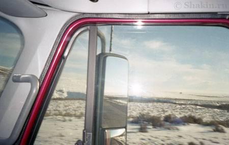 Типичный вид из кабины трака зимой