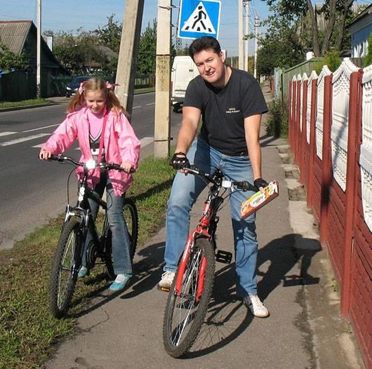 Максим Довженко с дочерью