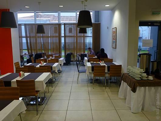 волшебный мир завтраков в IT-кафе