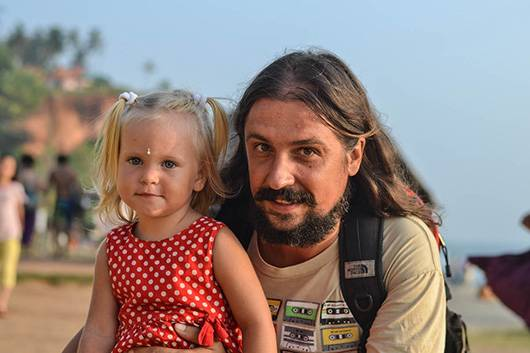 Александр Алексеенко с дочкой