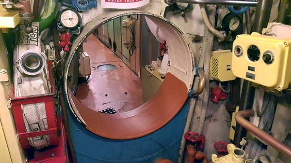 Экскурсия по подводной лодке