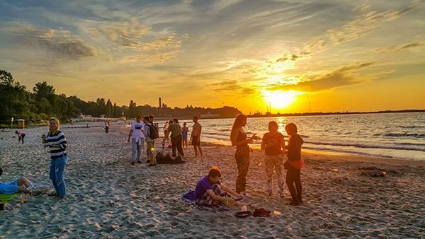 Закат на берегу Балтийского моря