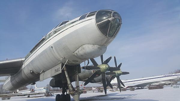 музей авиации с самолетами
