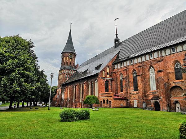 Знаменитый Кафедральный собор в Калининграде
