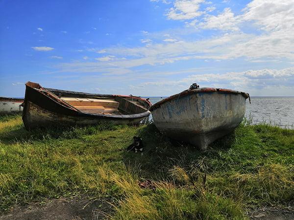 Старые рыбацкие лодки