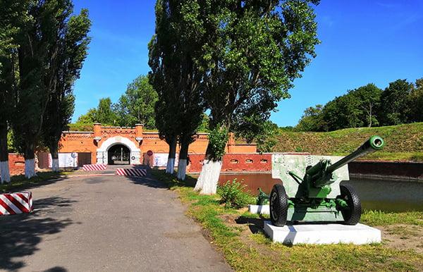 старинная шведская крепость Пиллау